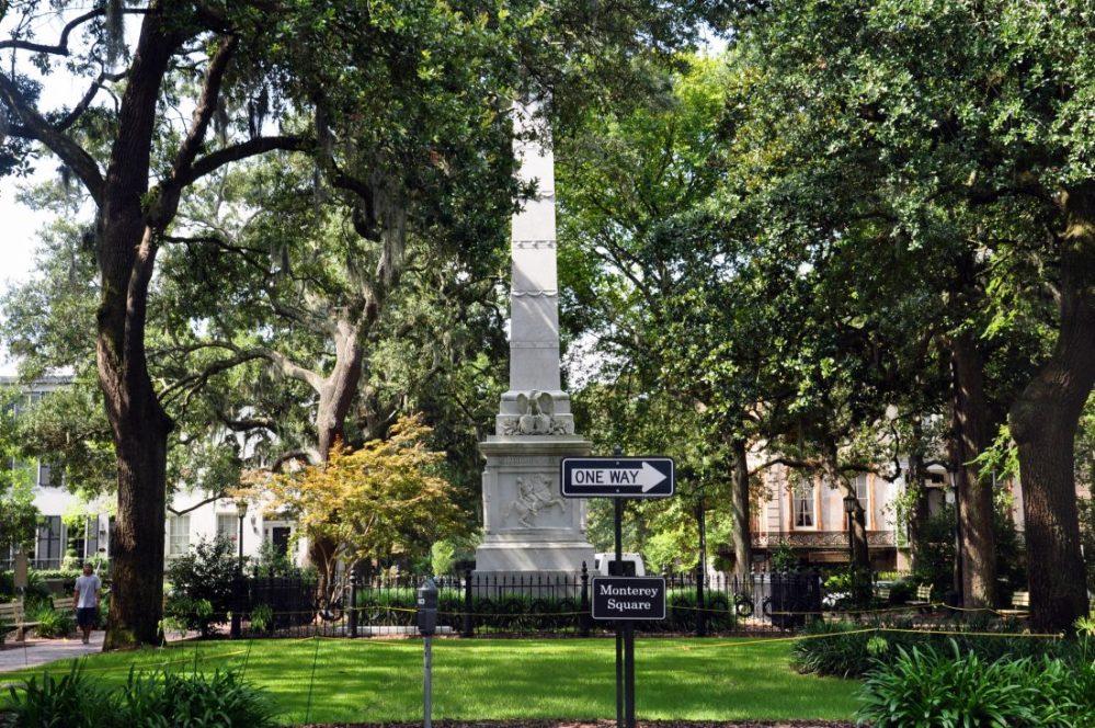GEORGIA : Savannah Monterrey Square