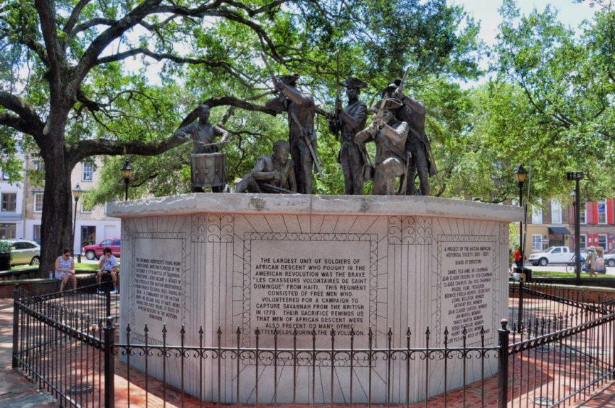 GEORGIA : Savannah's Haitian Monument (Franklin Square)