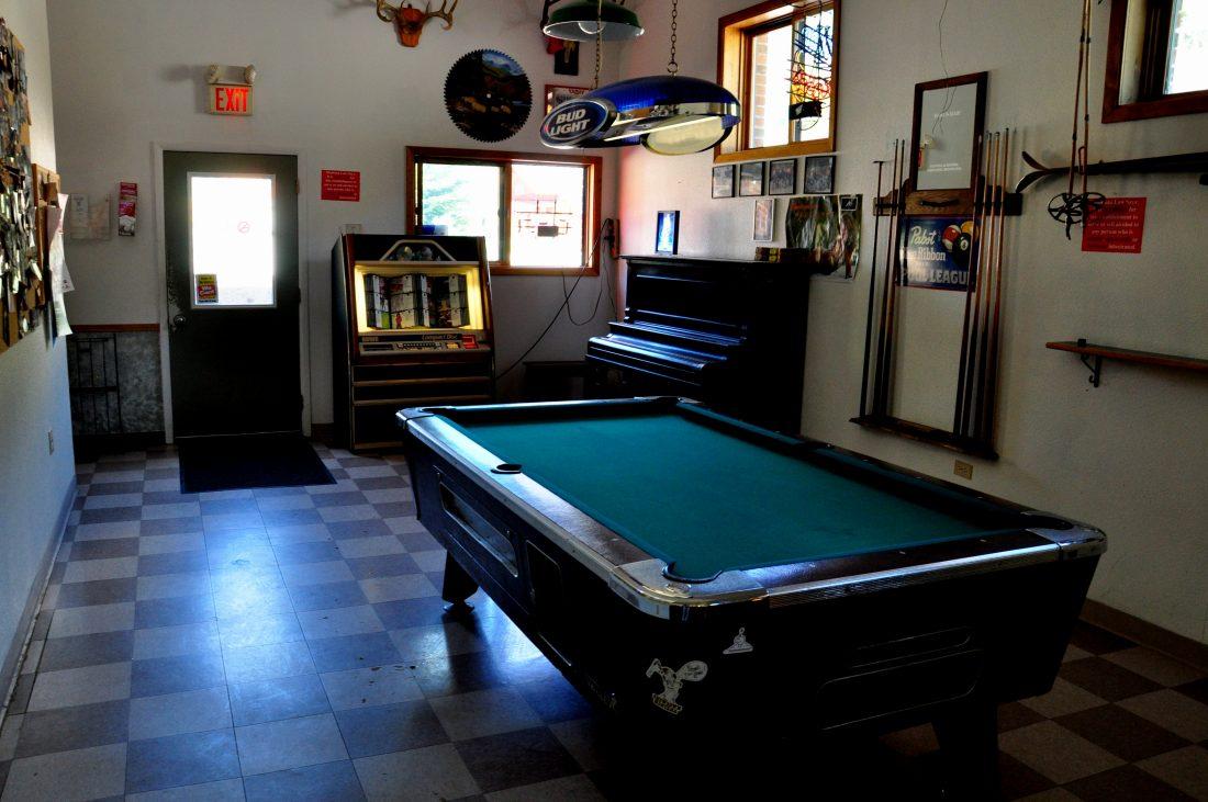 Montana : Lewis and Clark National Forest Neihart Bob's Bar