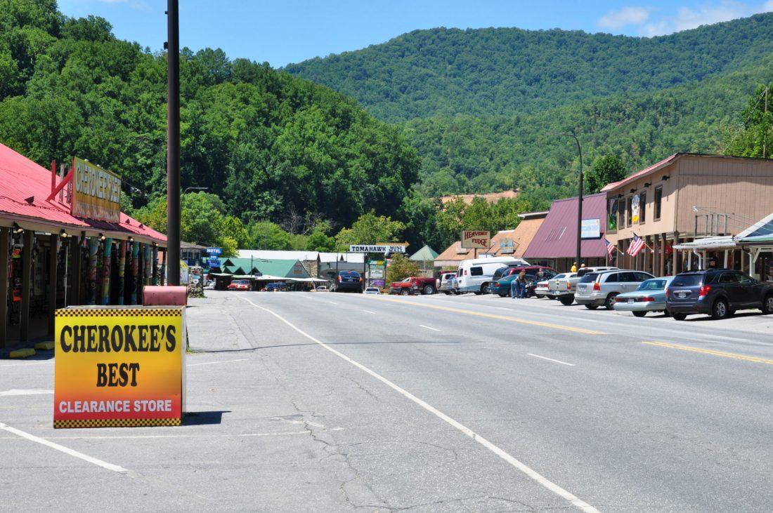 Great Smoky Mountains Cherokee