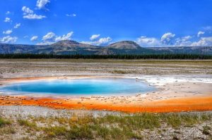 Yellowstone : Midway Geyser Basin