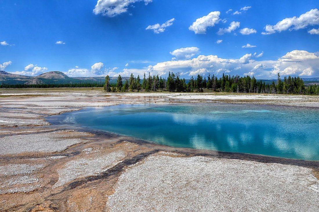 Yellowstone : Lower Geyser Basin