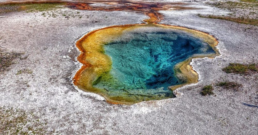 Yellowstone : Fountain Paint Pot