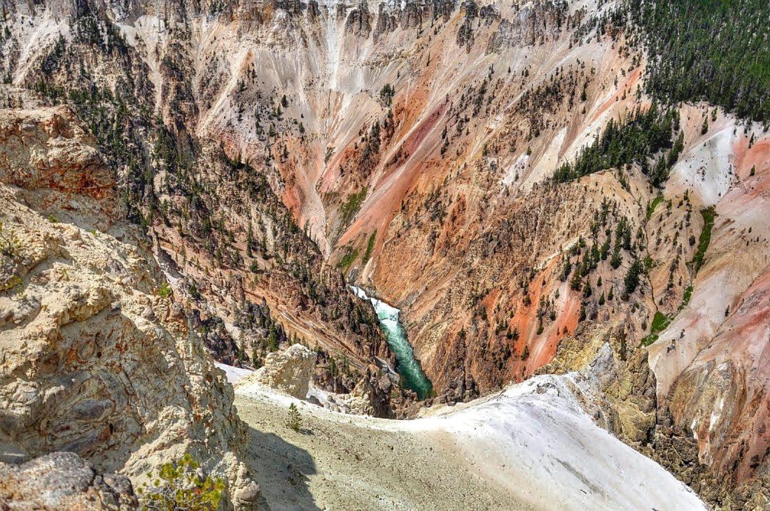 Yellowstone : canyon : artist point