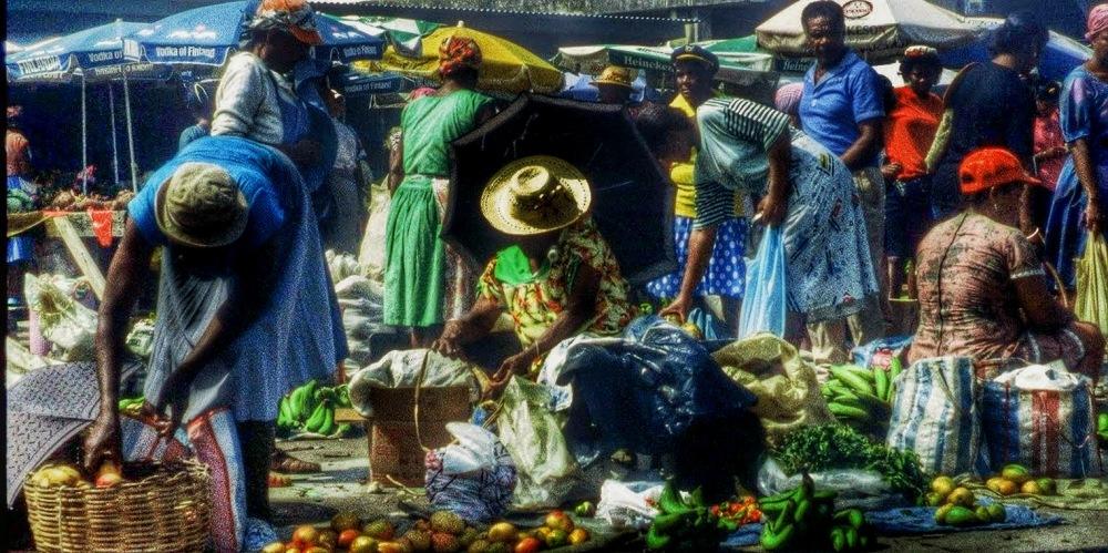 Dominica : Roseau Market