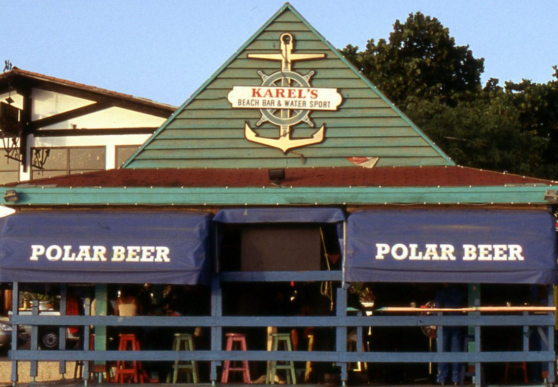 Bonaire : Kralendijk Karel's Bar