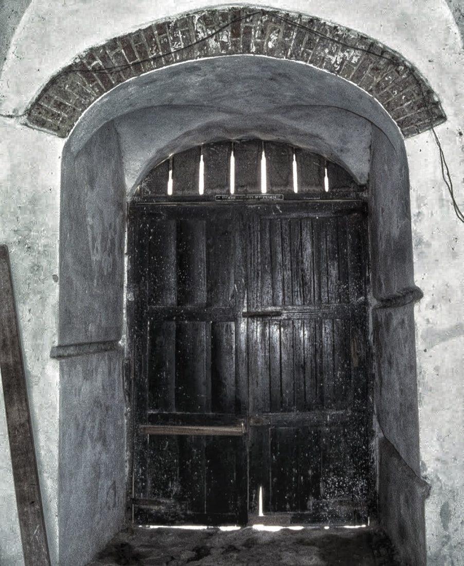 Ghana : Cape Coast Castle (No return Door)