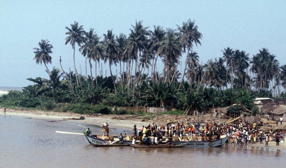 Ghana : Road to Beyin