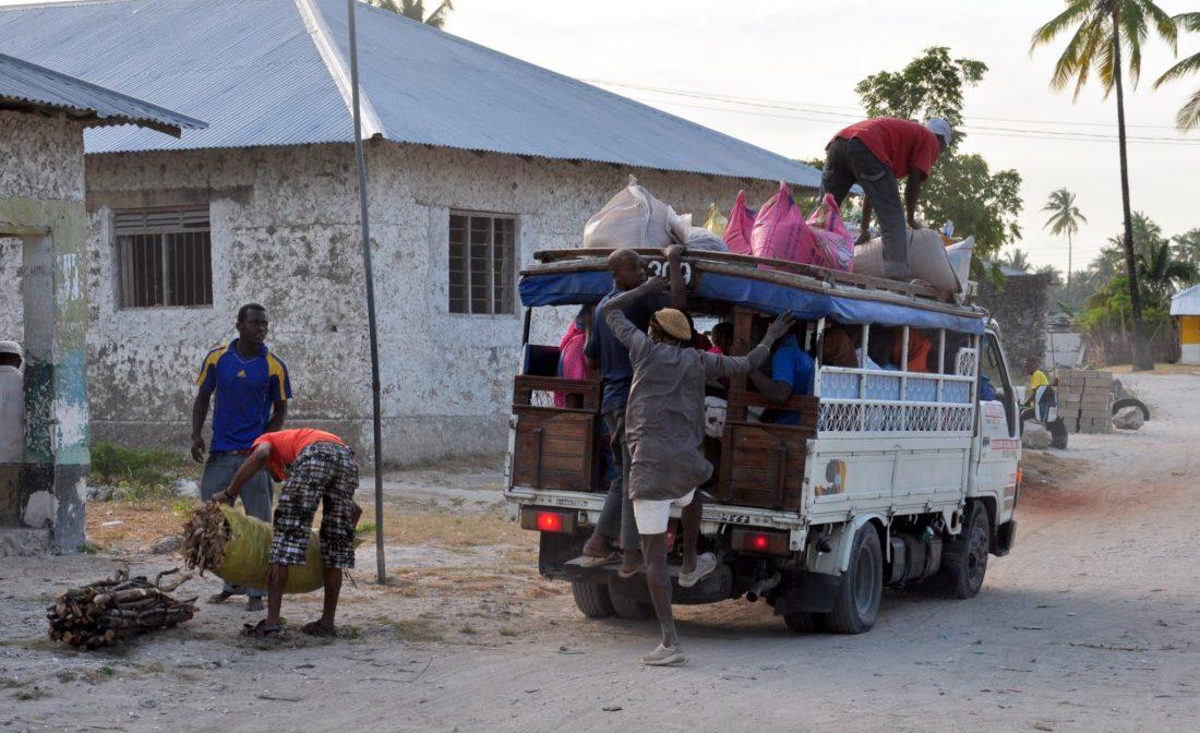 Zanzibar : Jambiani village