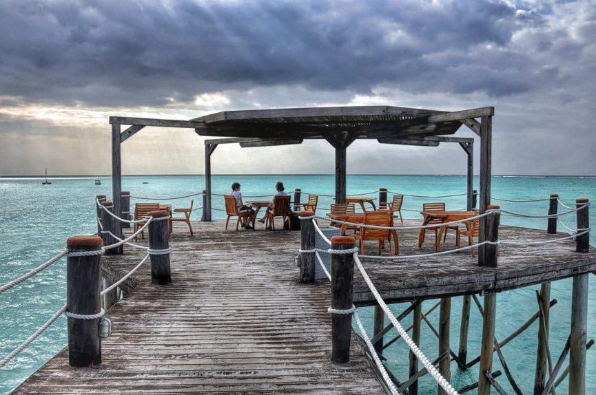 Essque Zalu Zanzibar bar