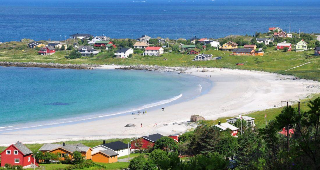 Flakstadøya : Ramberg Beach