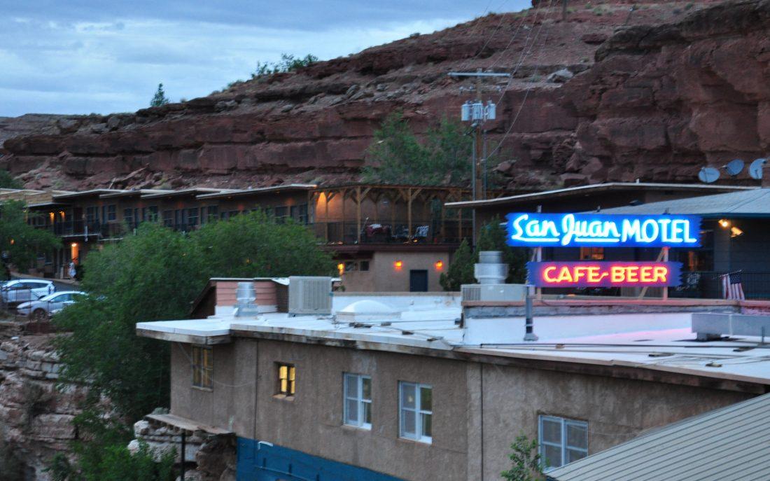 Utah : Mexican Hat San Juan Motel