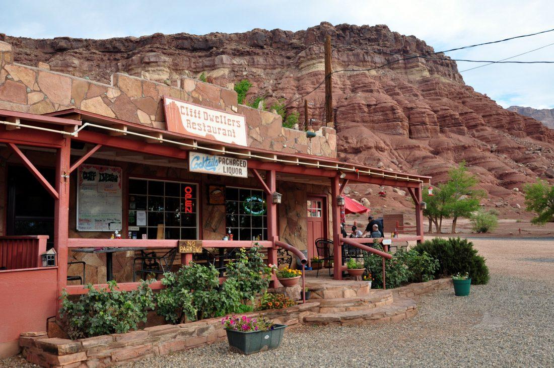 Cliff Dwellers Lodge