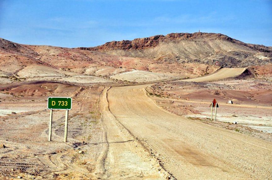 Namibia : road to Black Ridge