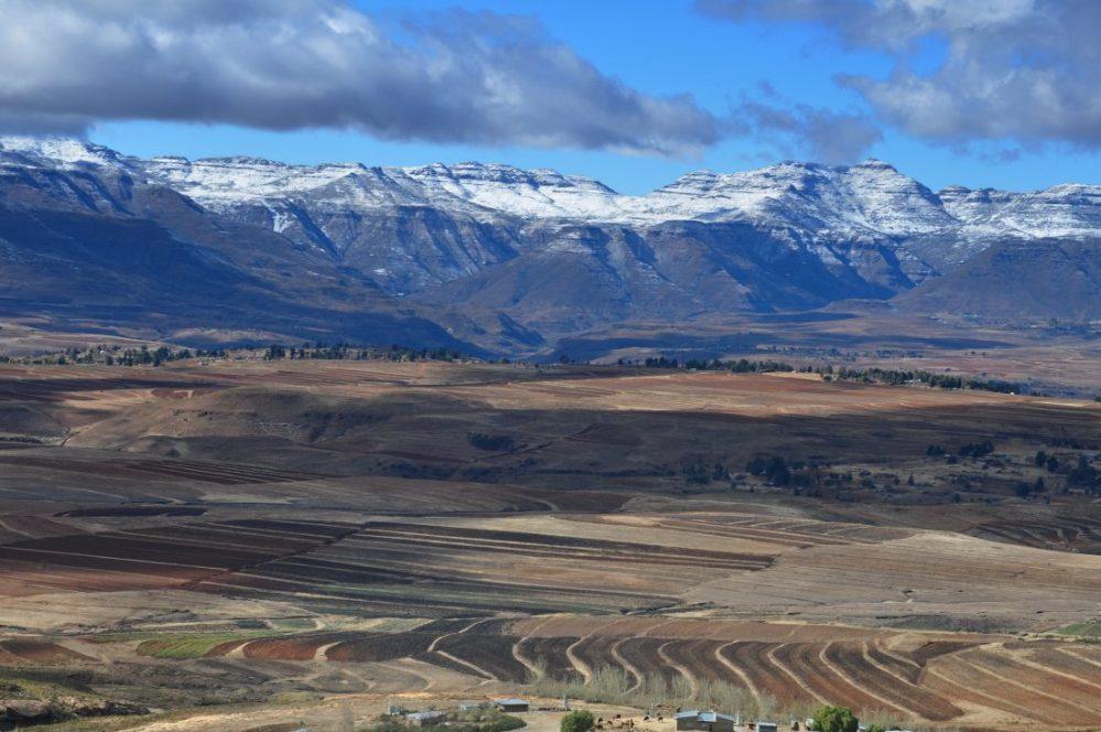 Lesotho : road to Malealea Village