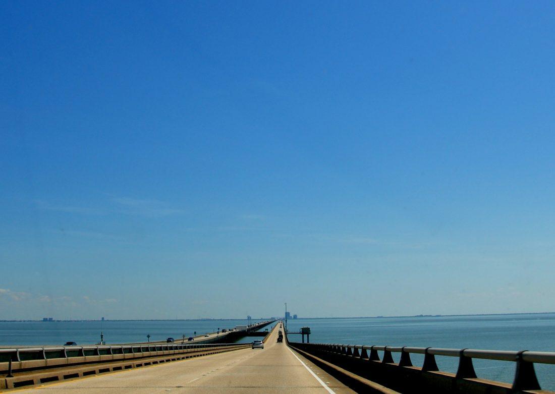 New Orleans : Pontchartrain Bridge
