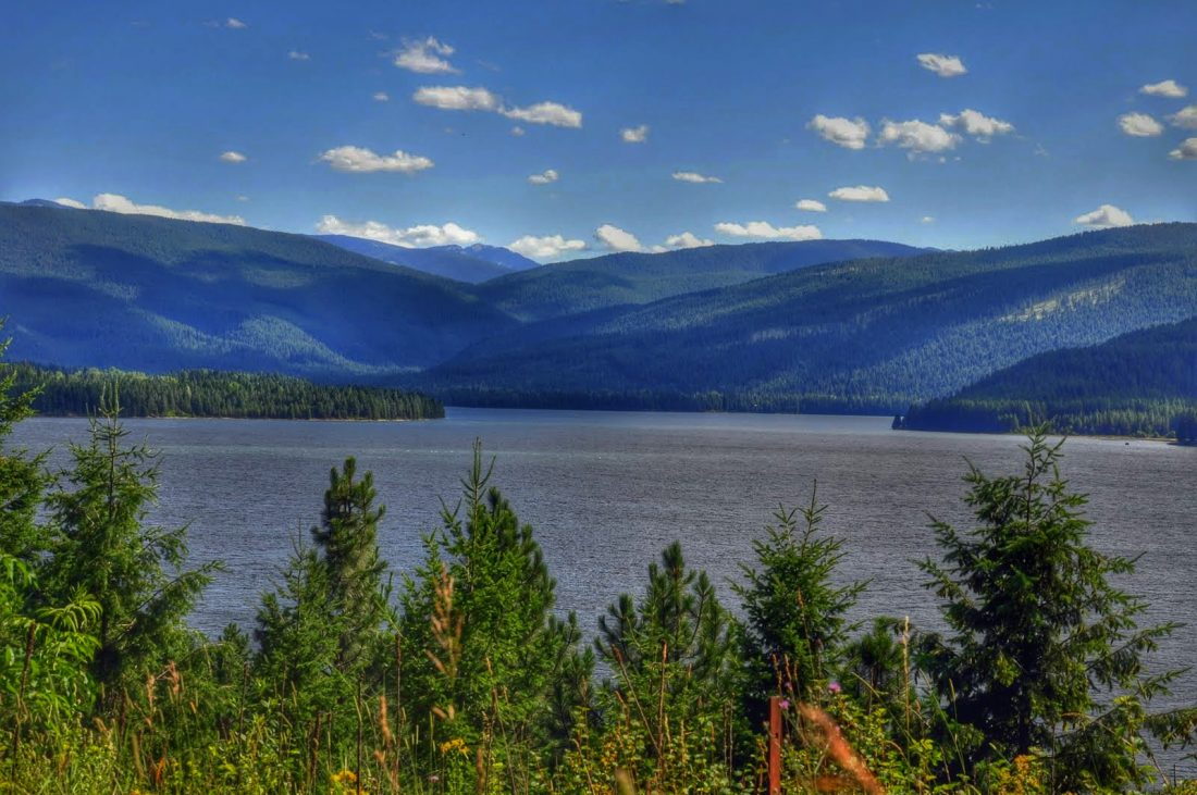 Montana : Highway 200 between Sandpoint and Tompson Falls