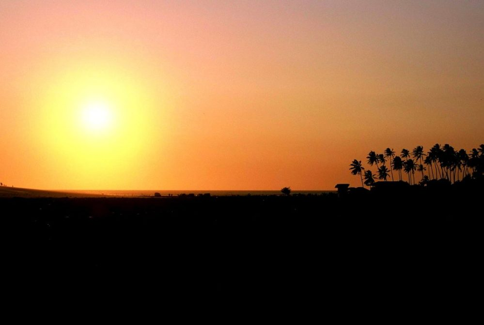 Jericoacoara sunset : : close to Vila Bela Vista