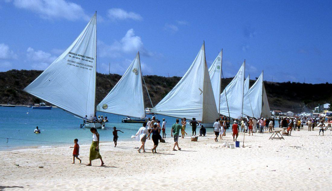 Anguilla : Racing Boat 2000