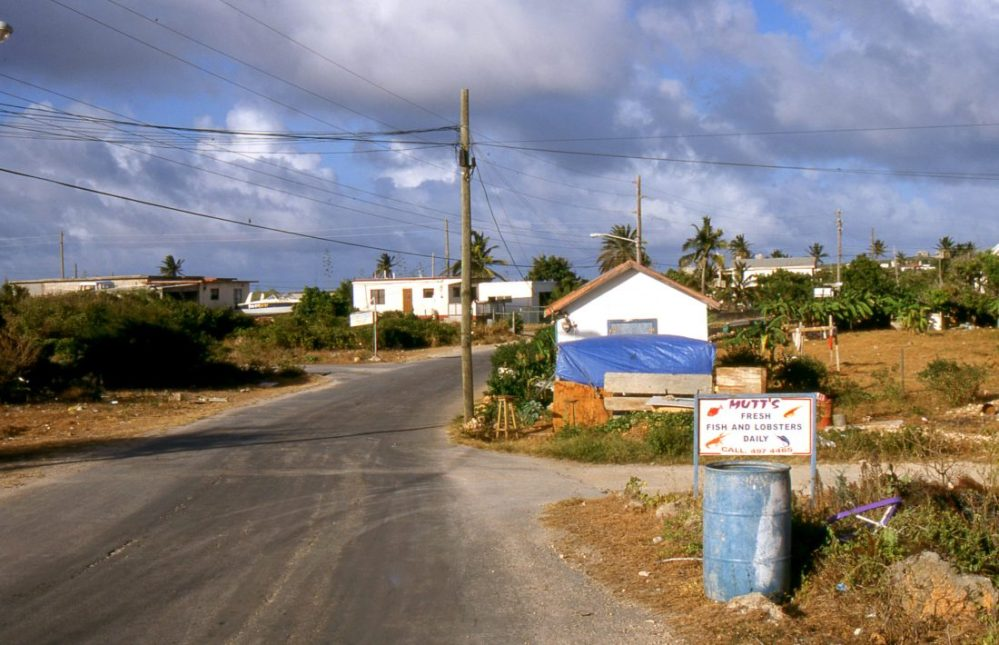 Anguilla : The Valley Road