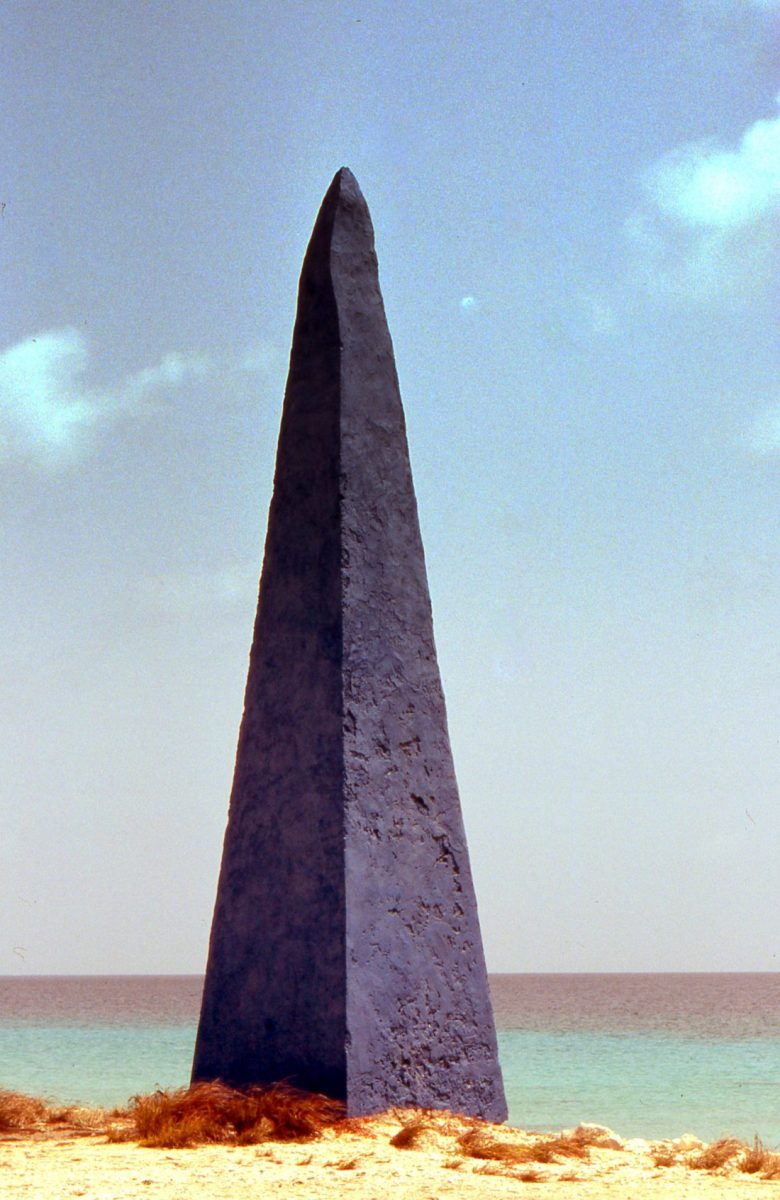 Bonaire : obelisk was used by slavery ships
