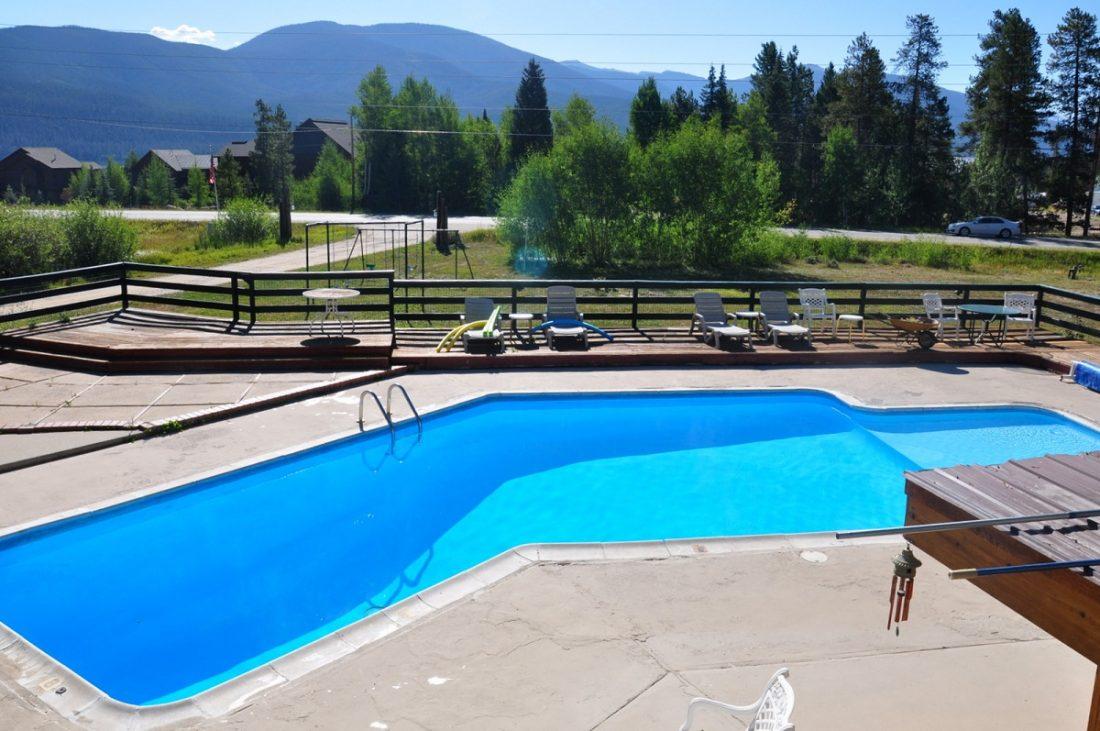 Colorado River Headwaters Byway : :Black Bear Lodge