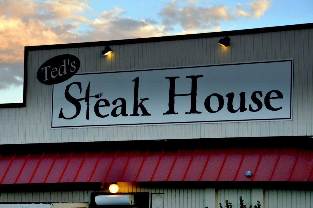 """Montrose : Ted""""s Steak House"""