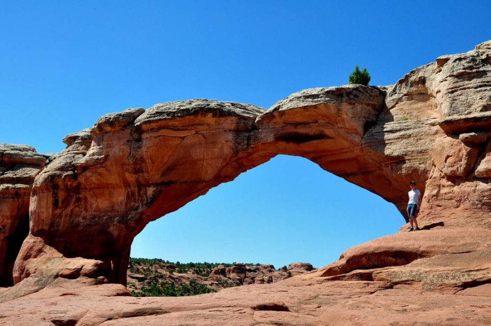 Broken Arch Trail