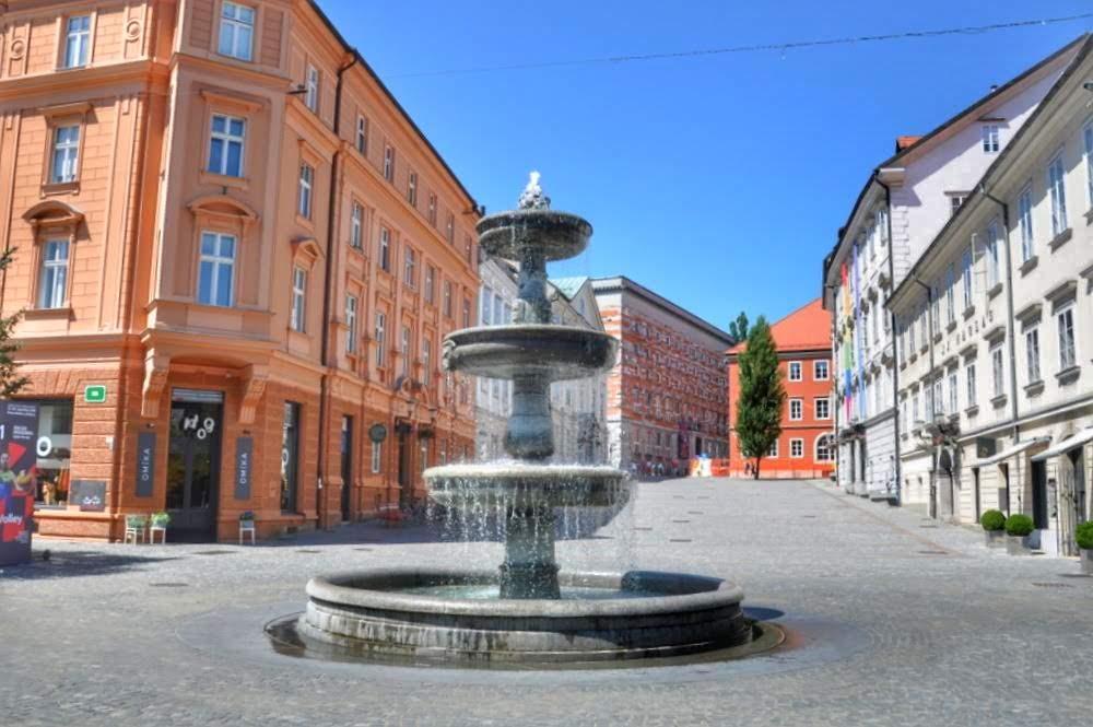 Vodnjak na Novem trgu